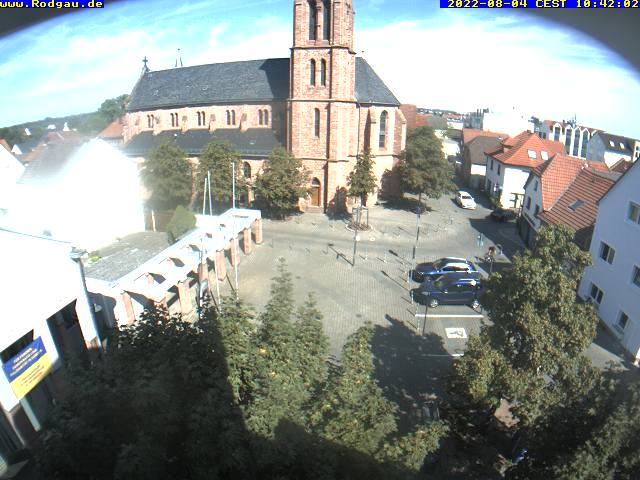 Externes Medium: Die Webcam zeigt im 3-Minuten-Takt den Rathausvorplatz