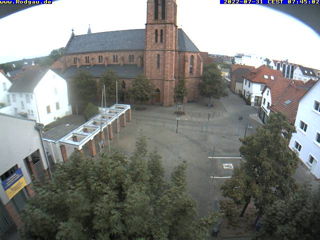 Externes Medium: http://ftp.rodgau.de/webcam_rathaus.jpg
